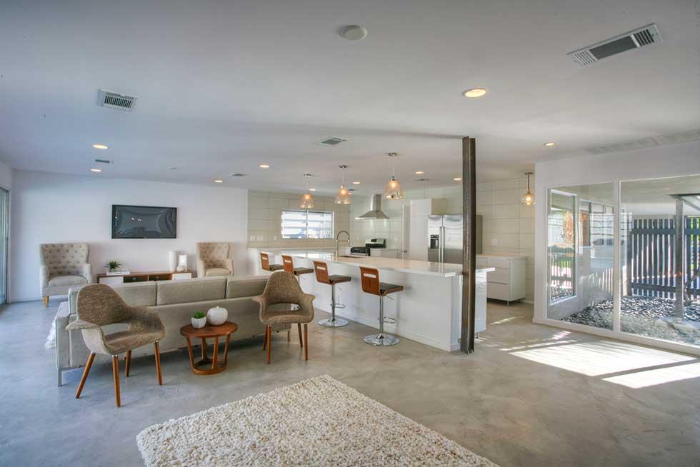 1355 Via Monte Vista - Living Room