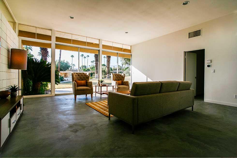 502 Sandpiper - Living Room