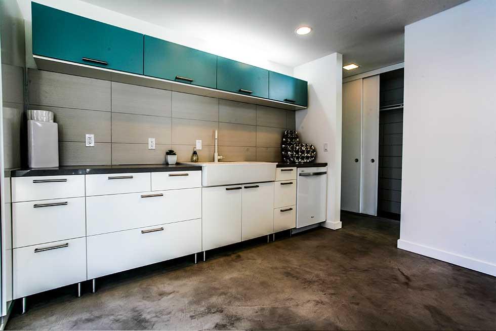 502 Sandpiper - Kitchen