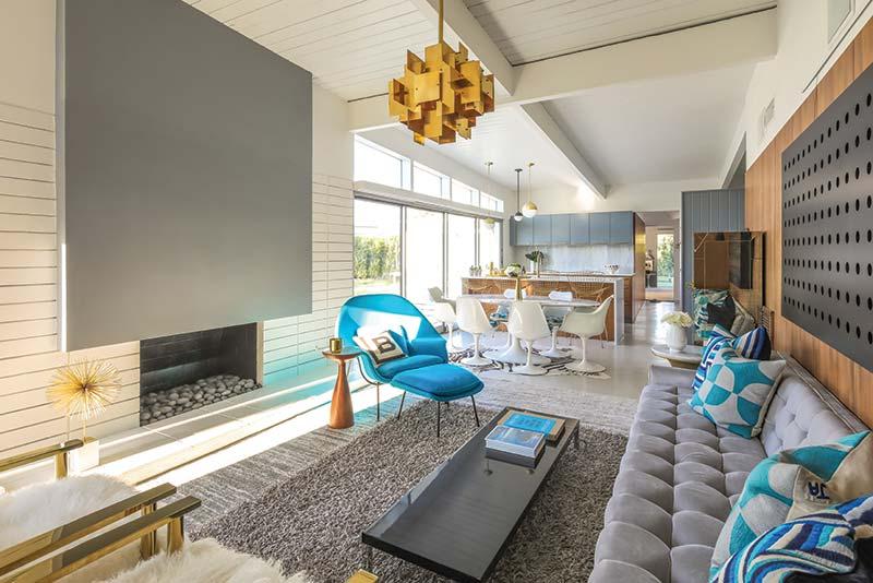 55 Gem - Living Room