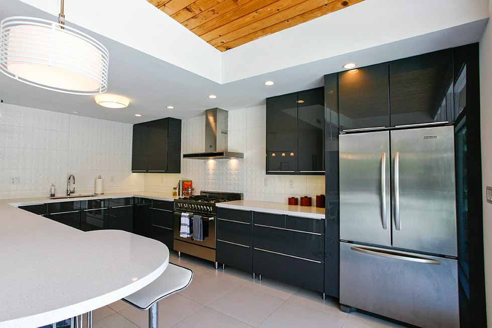 909 N Rose Kitchen