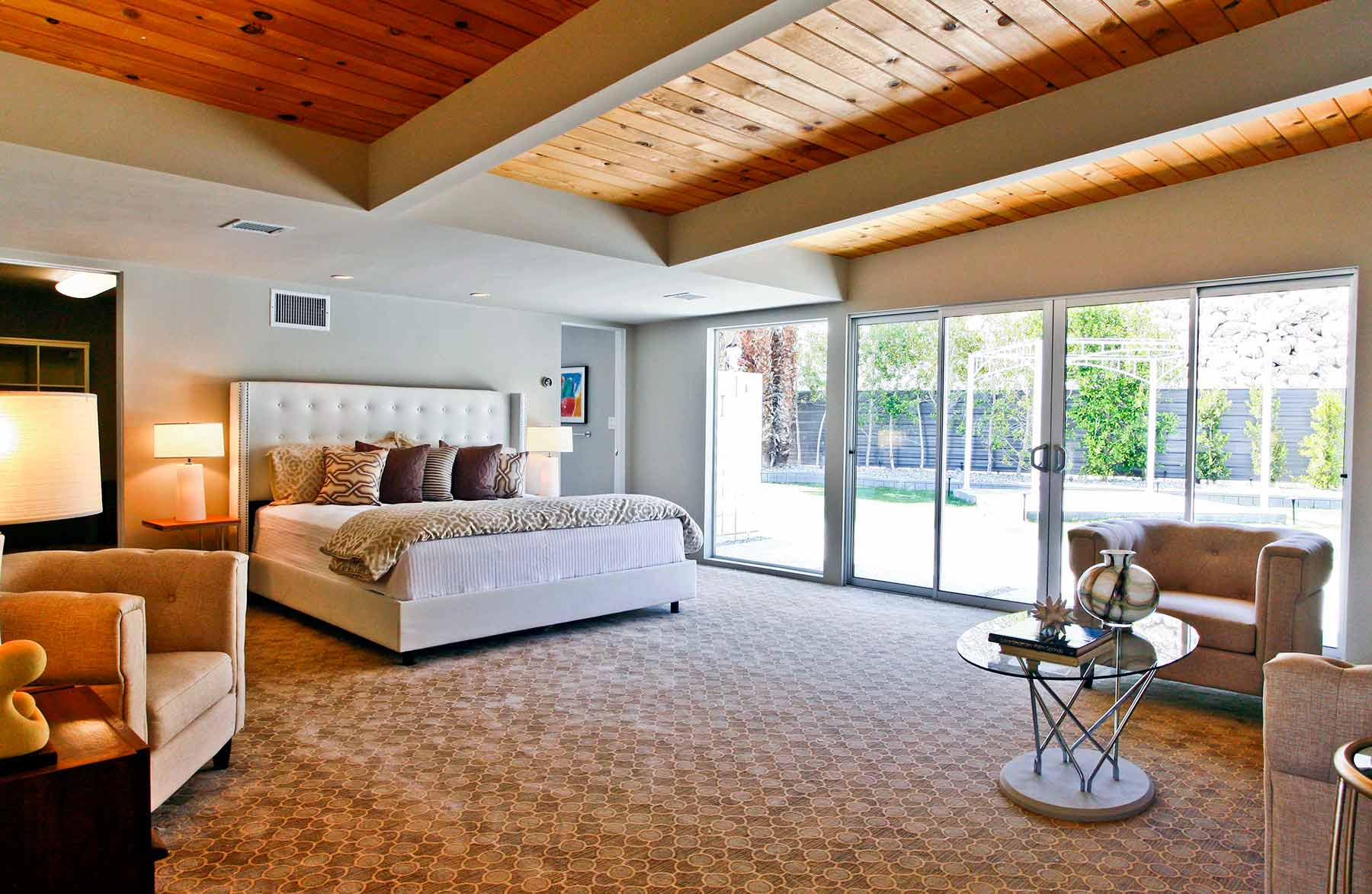 909 N Rose Master Bedroom