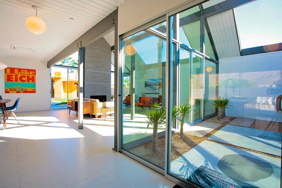 Desert Eichler 1 - Atrium from Kitchen