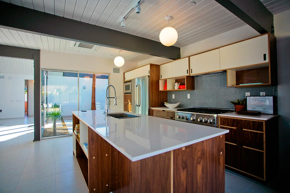Desert Eichler 1 - Kitchen