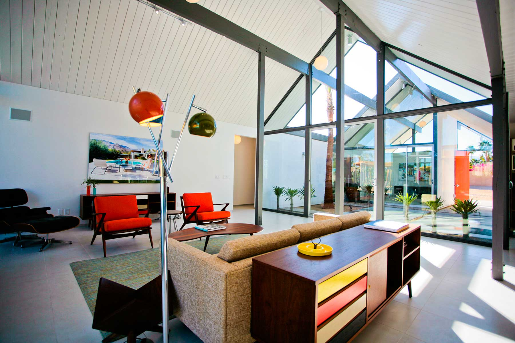 Desert Eichler 1 - Living Room