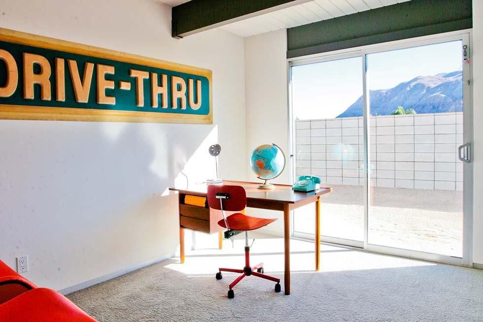 Desert Eichler 1 - Office