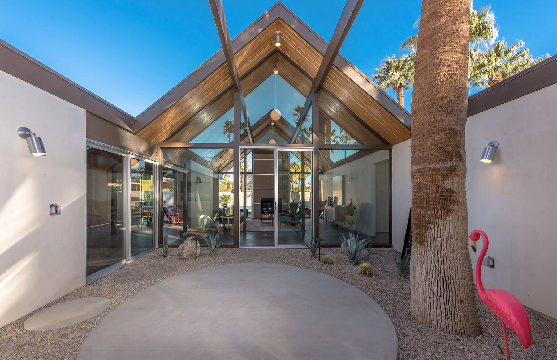 The Desert Eichler 2 Atrium