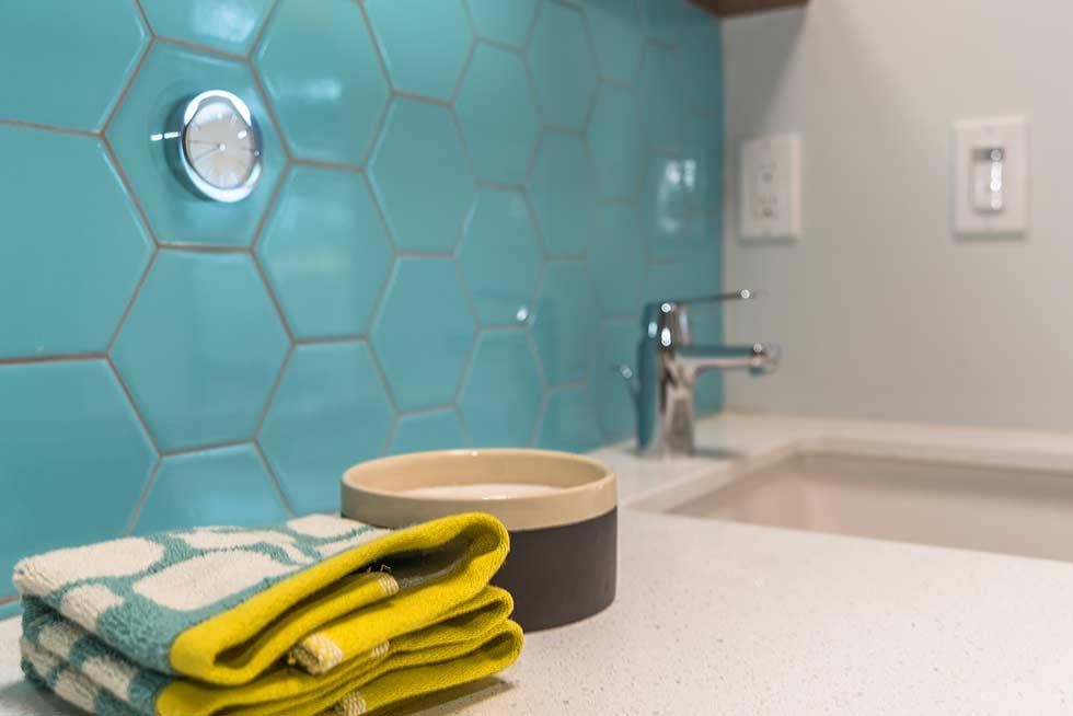 The Desert Eichler 3 bathroom detail