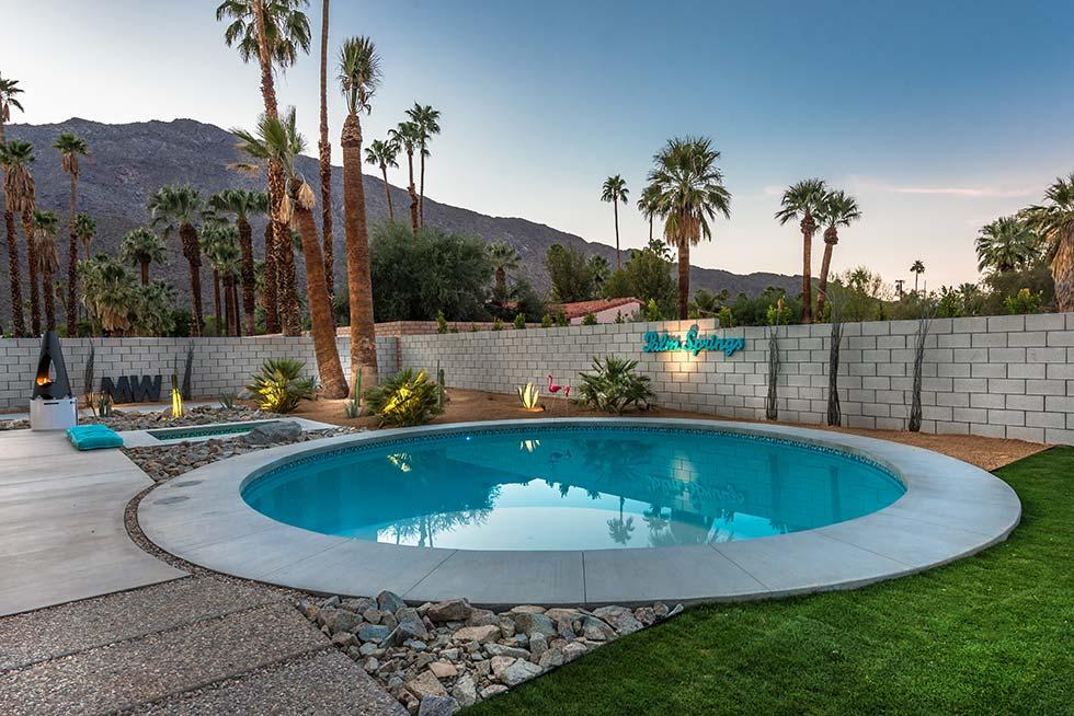 The Desert Eichler 3 pool